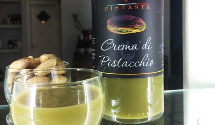 Arriva la crema liquore al pistacchio