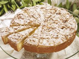 Sizilianische Mandel-Creme-Torte